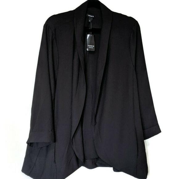 torrid Jackets & Blazers - Torrid Black Crepe Boyfriend Blazer sz 3